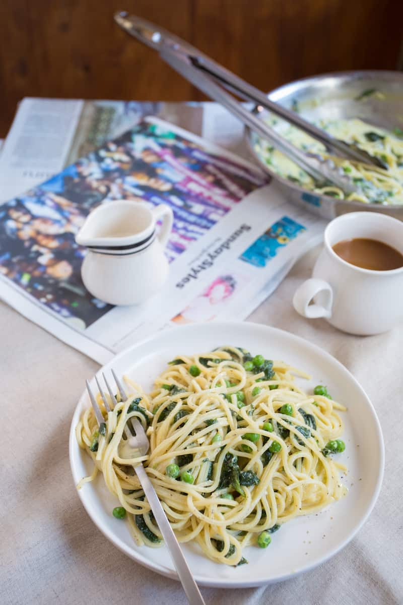 Breakfast for dinner? How about dinner for breakfast? Break the mold with a spinach and egg breakfast pasta that does an omelet one better.