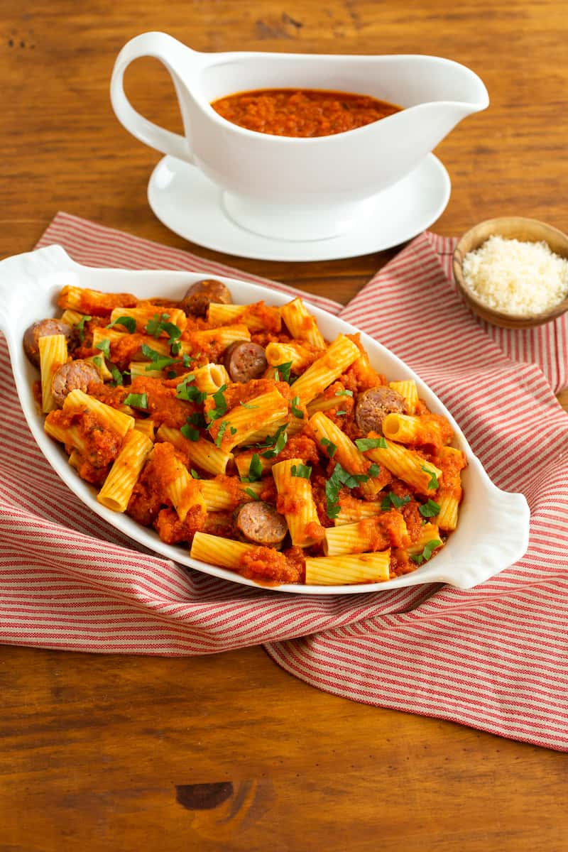 rigatoni with Italian red sauce