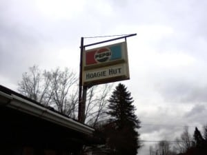 hoagie hut sign