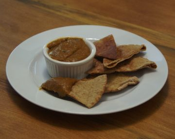 pumpkin hummus, pita chips