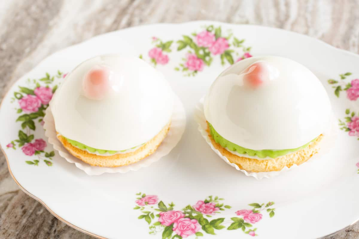 Minni di virgini - cassatini Siciliane - Italian breast-shaped pastries