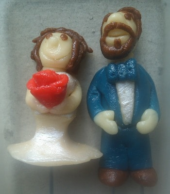 marzipan cake toppers