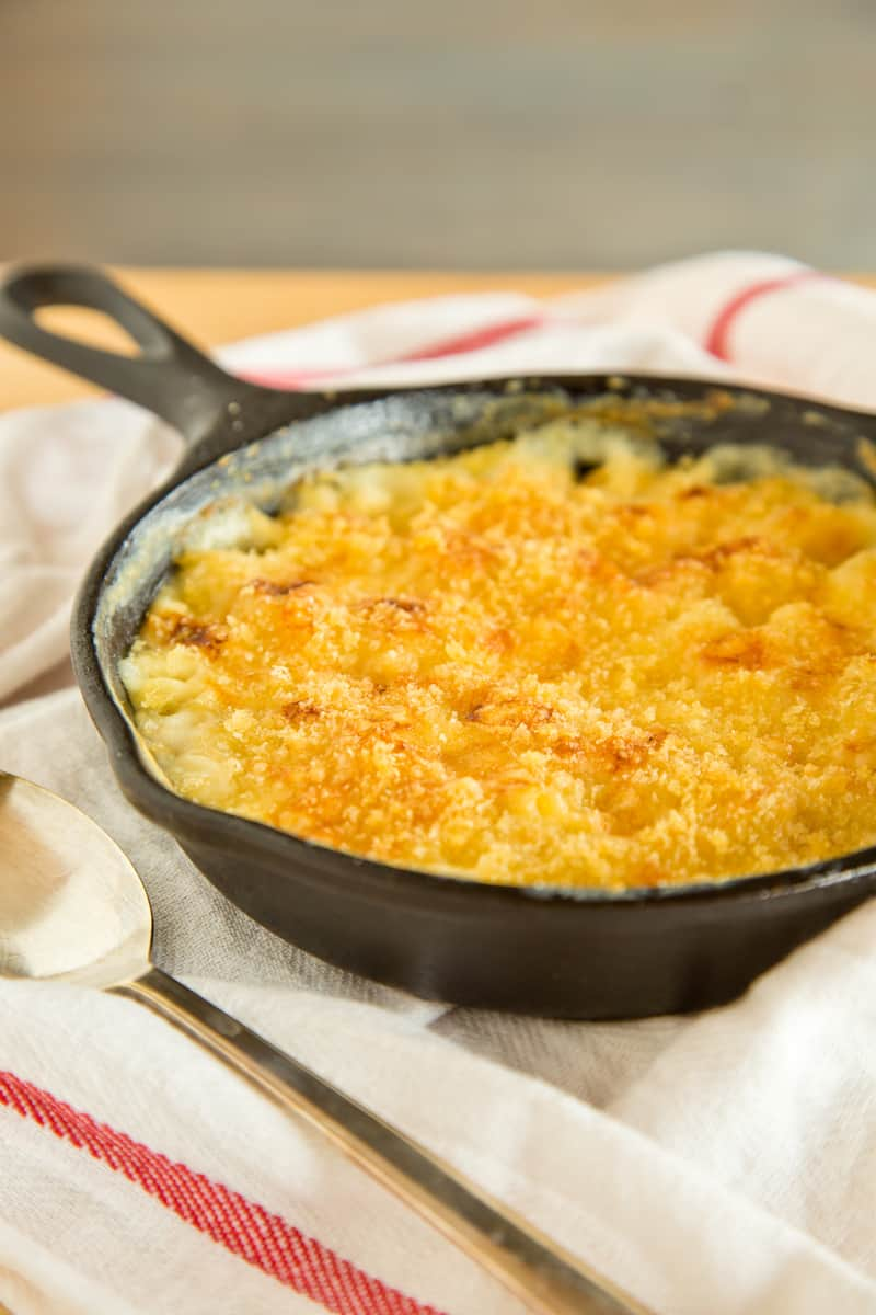 cast iron skillet mac and cheese