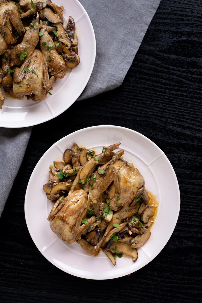 How to cook quail? Try braised quail with mushrooms for an easy beginner's recipe that leaves you with tender quail and a rich cream sauce. #quail #braising