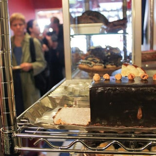 A Pittsburgh Bakery That's So Good You'll Plotz