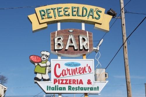 Pete and Elda's pizza, Neptune