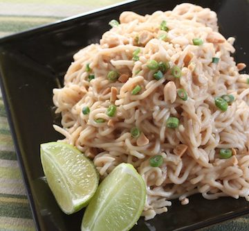 Vegetarian Spicy Peanut Noodles with Green Beans