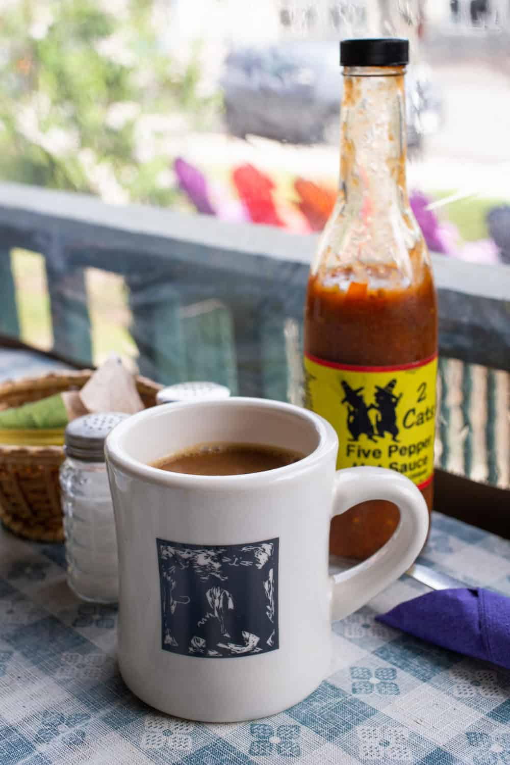 2 Cats coffee and hot sauce in Bar Harbor