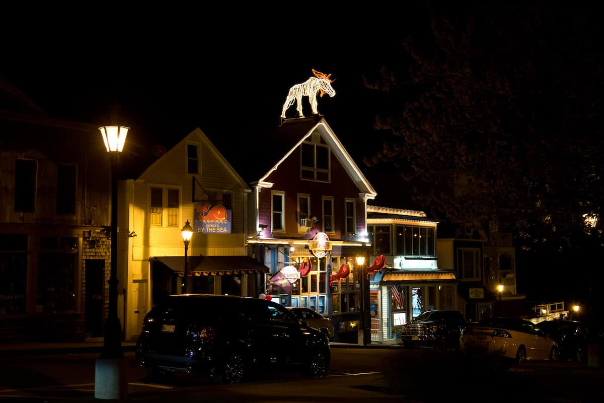 exterior of Geddy's restaurant, Bar Harbor Maine