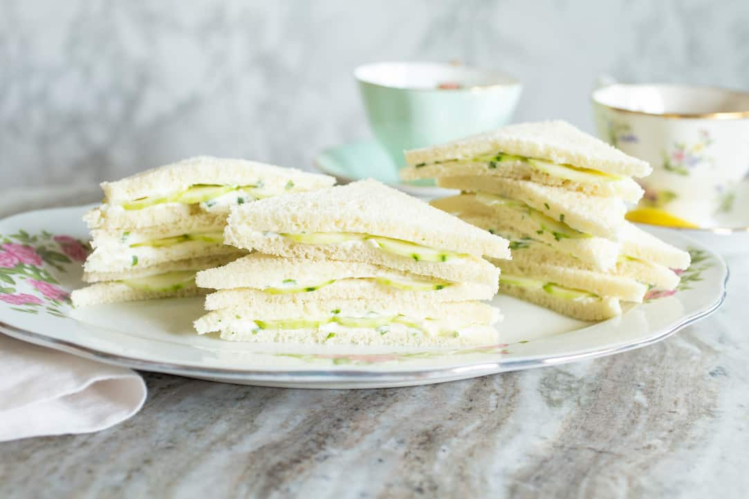 cucumber tea sandwiches inspired by Oscar Wilde, via www.goodfoodstories.com