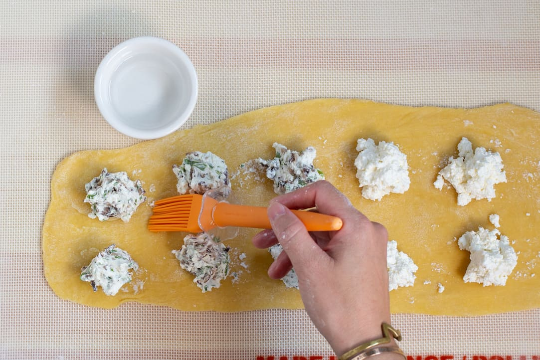 how to make homemade ravioli without a pasta maker, via www.goodfoodstories.com