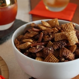 Modern Vintage: Holiday Chex Mix