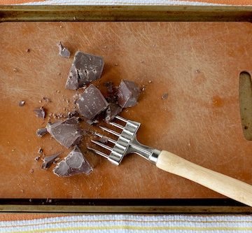 how to chop chocolate