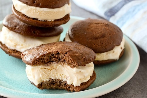 whoopie pie ice cream sandwiches, via goodfoodstories.com