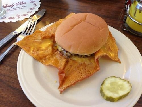 Shady Glen cheeseburger, via goodfoodstories.com