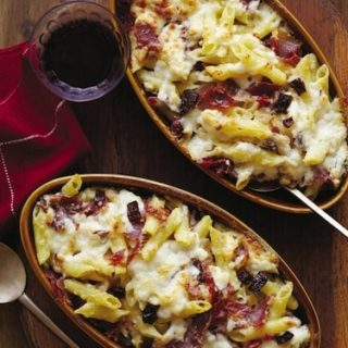 Baked Penne with Garrotxa, Serrano ham, and sundried tomatoes, via goodfoodstories.com