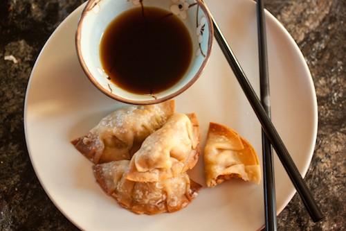 tofu-veggie wonton dumplings, via www.www.goodfoodstories.com