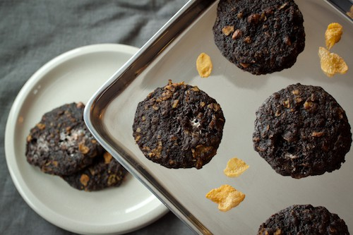 chocolate cornflake cookies, via www.www.goodfoodstories.com