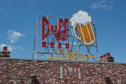 Simpsons Duff Brewery sign at Universal Studios Florida, via www.www.goodfoodstories.com