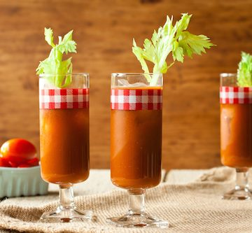 Ruddy Mary: a Bloody Mary with roasted red peppers, via www.www.goodfoodstories.com