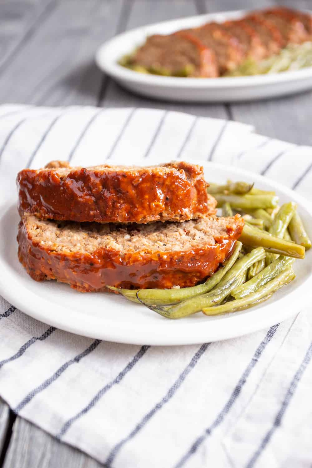barbecue meatloaf and green beans