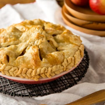 apple pie with brie and honey, via goodfoodstories.com