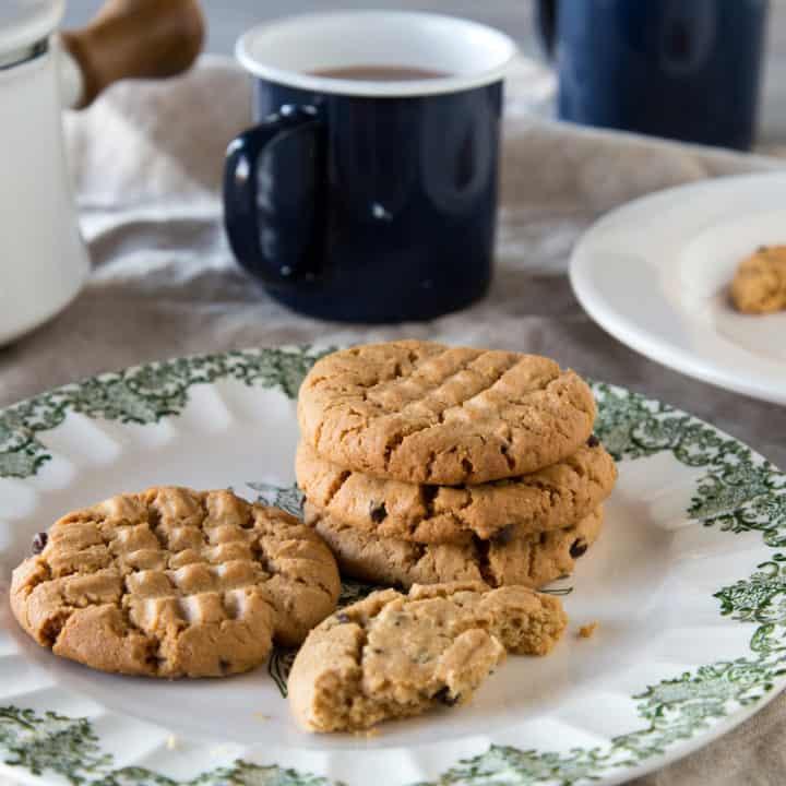 5-Ingredient Gluten-Free Peanut Butter Chocolate Chip Cookies