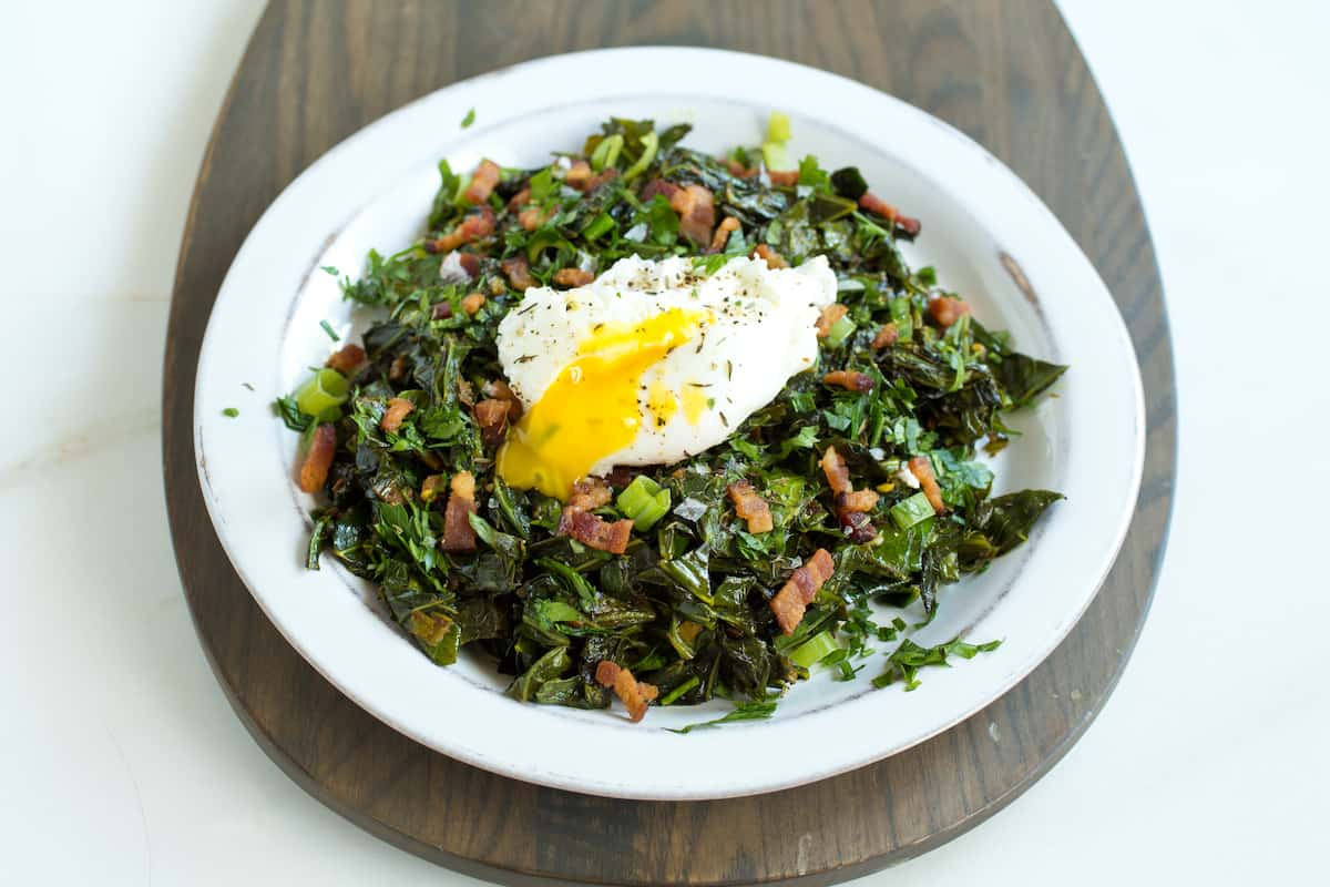 Collard greens with bacon and egg