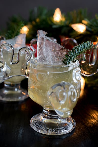 Christmas vacation cocktail, via www.www.goodfoodstories.com