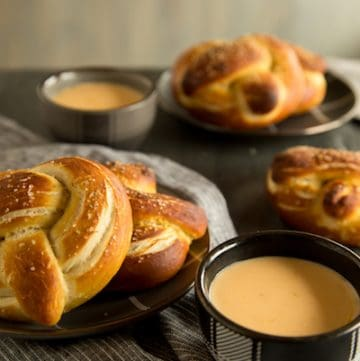 homemade soft pretzels, via www.www.goodfoodstories.com