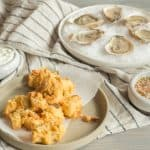 a pairing of fried and raw oysters for John Adams and Thomas Jefferson, via goodfoodstories.com
