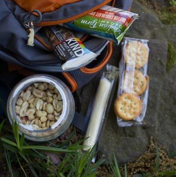 the best snacks for hiking and road trips, via www.www.goodfoodstories.com