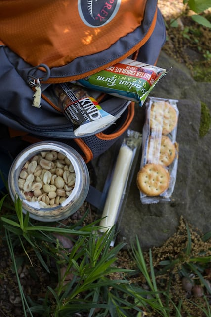 the best snacks for hiking and road trips, via www.goodfoodstories.com
