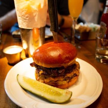 How to Eat the Au Cheval Burger Without Waiting Three Hours