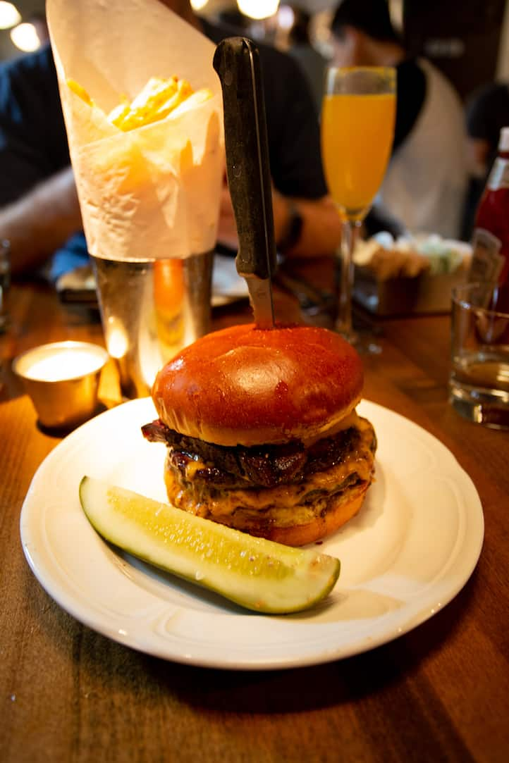 Au Cheval cheeseburger in Chicago