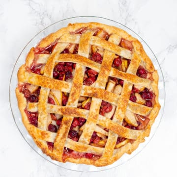 cherry pie with lattice pie crust