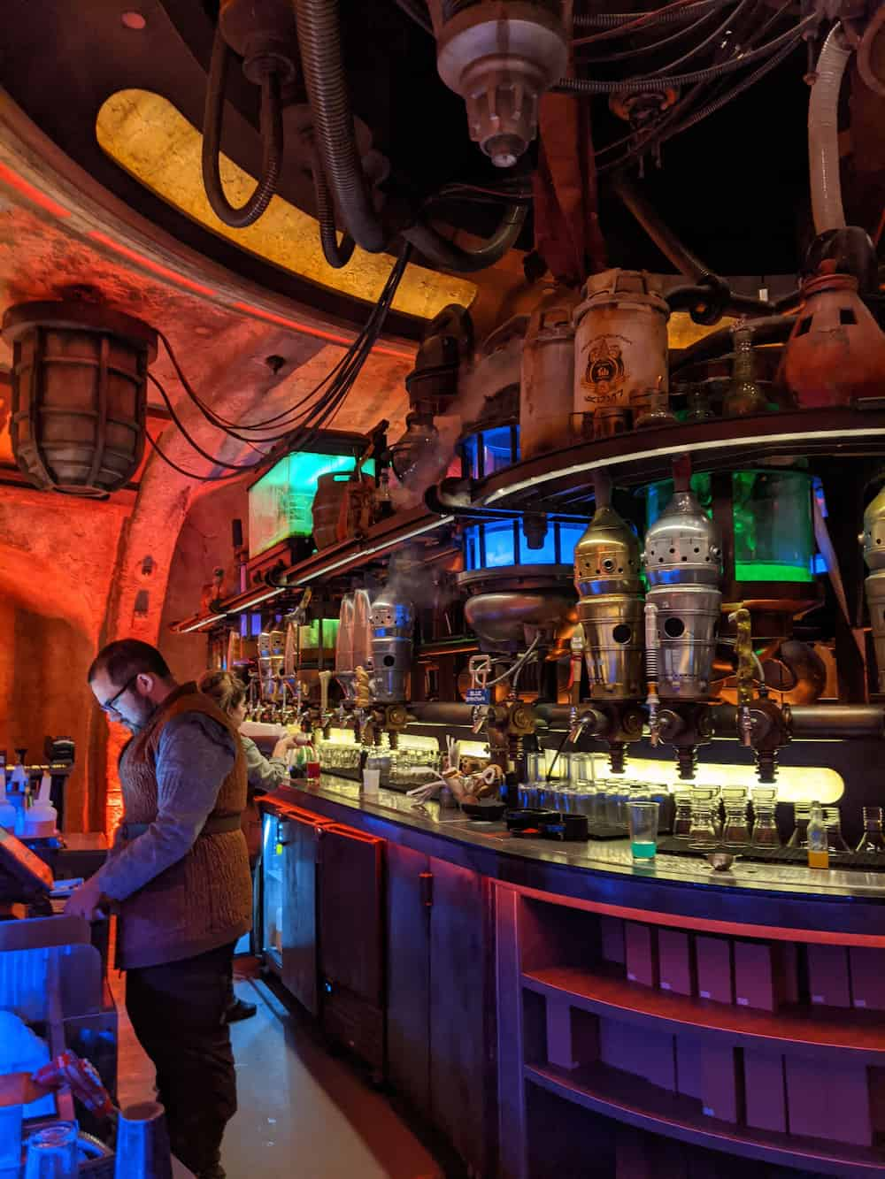 Oga's Cantina at Galaxy's Edge